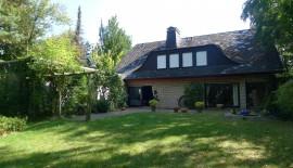 Traumhaft gelegenes Einfamilienhaus mit parkähnlichem Garten in 33334 Gütersloh -Verkauft zu  für