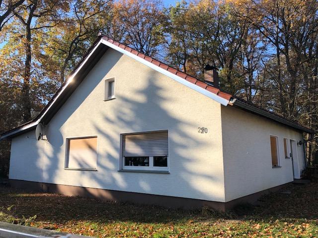 Landlich Gelegener Bungalow Dachgeschoss Wintergarten